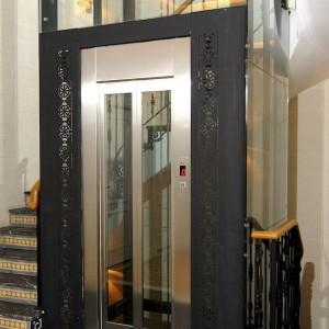 Puerta ascensor